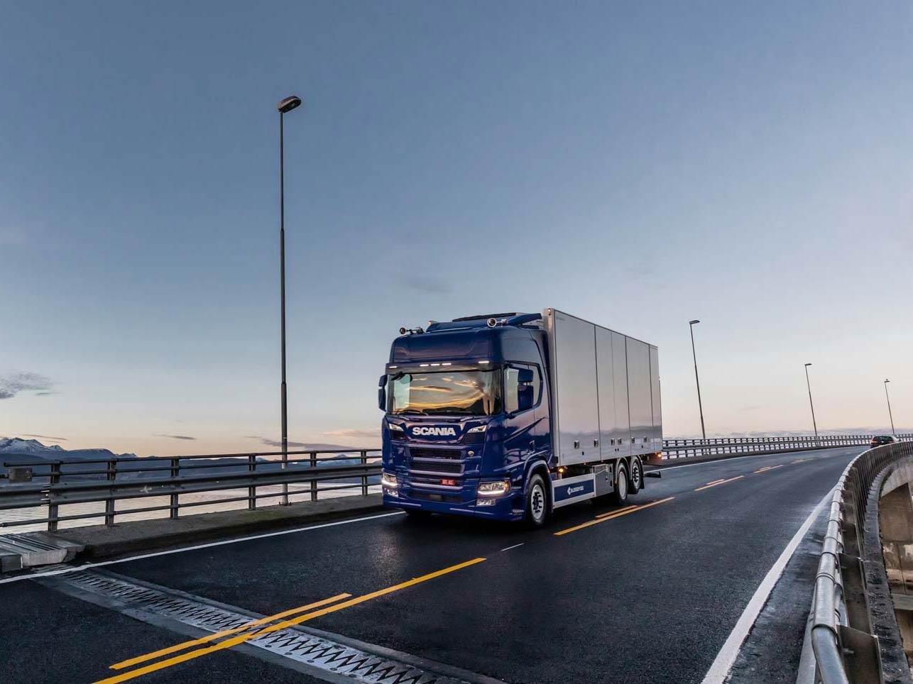 Varig-forsikring-lastebil-maskiner-biler